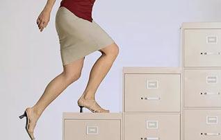 Карьера и семья женщины – стоит ли выбирать и как совместить